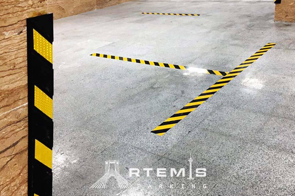 محافظ ستون و برچسب پارکینگ